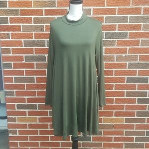 Molly green dress size large